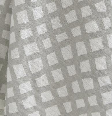 the little linen wrap | Sweet Arrivals baby hampers